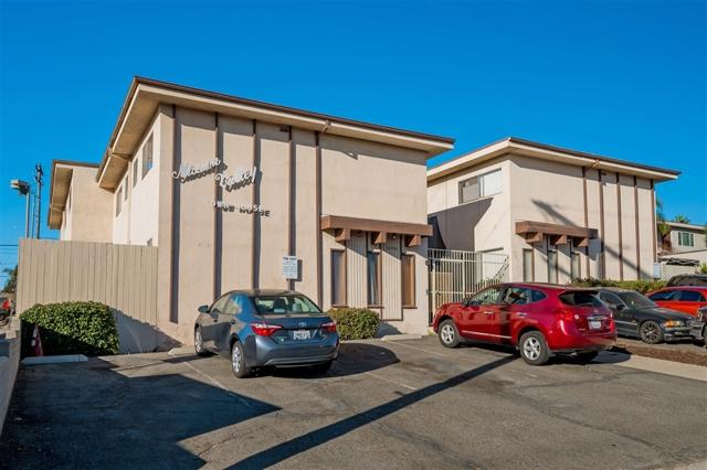 4530 Vandever Ave, San Diego CA: http://media.crmls.org/mediaz/E8C57CD5-ACDD-4EAD-AF12-A92D5DA82A33.jpg