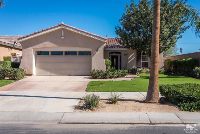 60328 Desert Shadows Drive, La Quinta CA: http://media.crmls.org/mediaz/E8E370C9-CB75-4742-B69B-38942E88844B.jpg