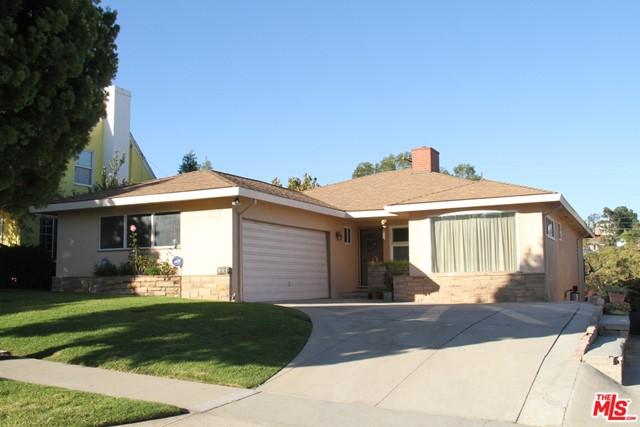 5918 Condon Ladera Heights CA 90056
