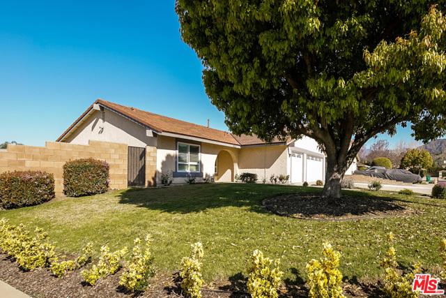 4311 Toyon Circle, La Verne CA: http://media.crmls.org/mediaz/E93B940B-6207-497C-866B-AEA6036D432E.jpg