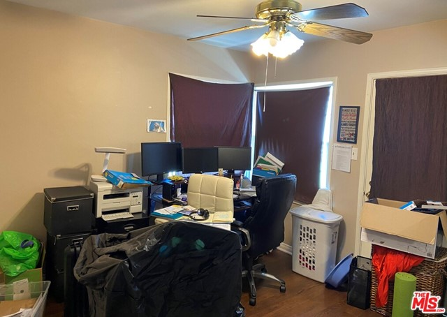 28 E Newman Avenue, Arcadia CA: http://media.crmls.org/mediaz/E9A23254-02C3-4BFB-90EC-E8CDFAD2C88D.jpg