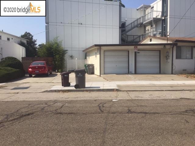 3251 62Nd Ave, Oakland CA: http://media.crmls.org/mediaz/EA6E00B2-146B-4C84-9655-09A23E14F42B.jpg