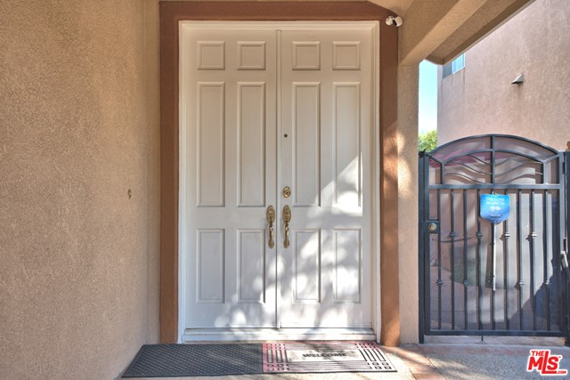 18503 Stonegate Lane, Rowland Heights CA: http://media.crmls.org/mediaz/EAD85CCC-DF1A-4EB9-8C9B-0A9463E8D9FB.jpg