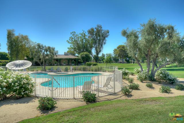 4 Wake Forest Court, Rancho Mirage CA: http://media.crmls.org/mediaz/EAF20196-916C-4EA4-B591-FBA26FA5CA9E.jpg