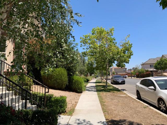714 Tyler Avenue, Greenfield CA: http://media.crmls.org/mediaz/EB753906-5C01-41B1-B943-542C164B3992.jpg