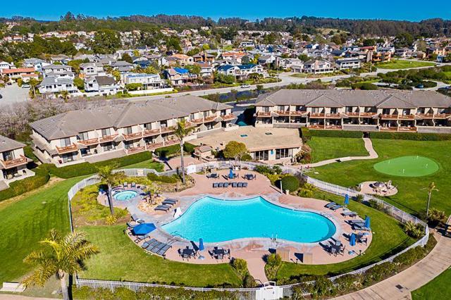 324 Seascape Resort Drive, Aptos CA: http://media.crmls.org/mediaz/EBC1AE3B-BC38-4219-8414-2420356AEEE9.jpg