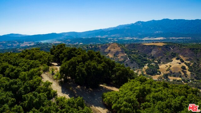 Property for sale at 10894 Creek Road, Ojai,  CA 93023