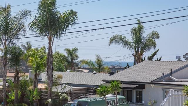 1315 Loretta St, Oceanside CA: http://media.crmls.org/mediaz/EC10AA6A-395E-44C6-9F3C-61AA6804A19B.jpg