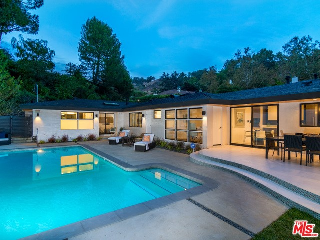 1115 N NORMAN Place, Los Angeles CA 90049