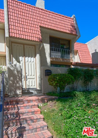 Photo of 6205 NITA Avenue, Woodland Hills, CA 91367