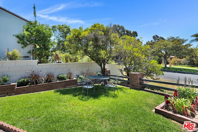 13107 Rose Ave, Los Angeles, CA 90066 photo 10
