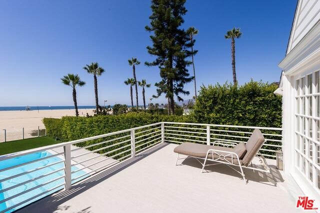 Single Family Home for Rent at 501 Palisades Beach Rd. Avenue N Santa Monica, California 90402 United States