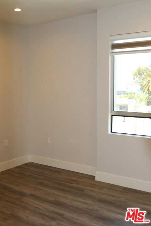 1326 S Centinela Avenue, Los Angeles CA: http://media.crmls.org/mediaz/EE620C17-3242-403B-B9AF-77E2A63787FF.jpg