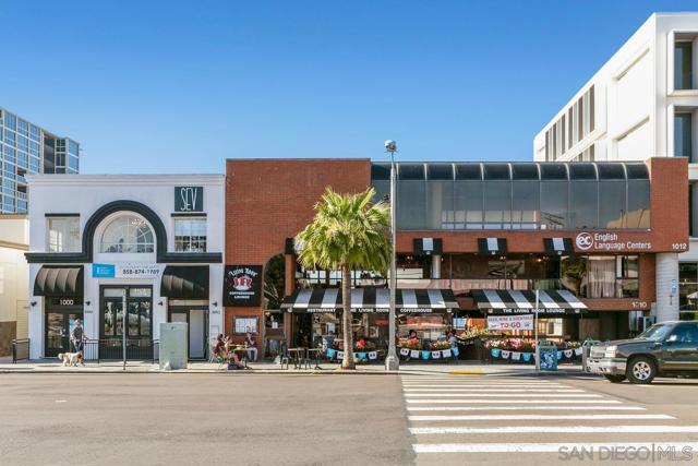 7811 Eads Avenue, La Jolla CA: http://media.crmls.org/mediaz/EE7631D0-65F8-42DE-8A84-D2AE3B839A6C.jpg