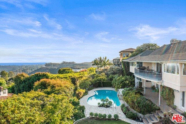 1658 San Onofre Drive  Pacific Palisades CA 90272