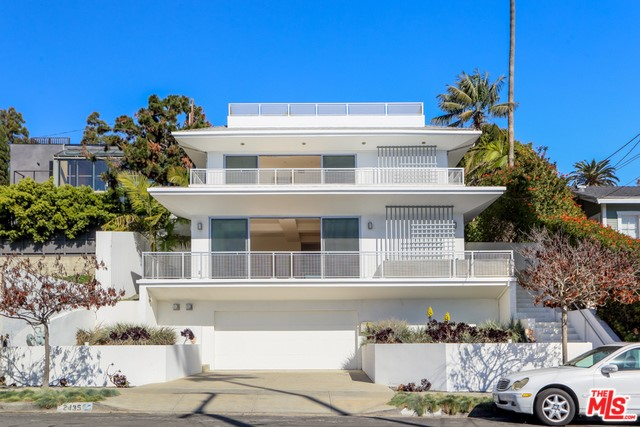 2435 6TH St, Santa Monica, CA 90405