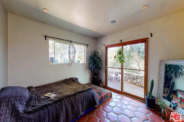21300 Hillside Dr, Topanga, CA 90290 photo 18