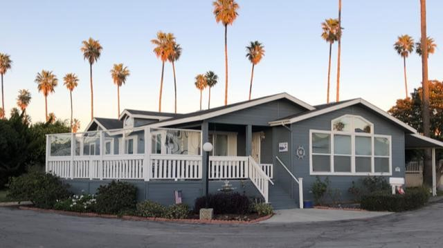 Detail Gallery Image 1 of 12 For 1215 Anchors Way #62,  Ventura,  CA 93001 - 3 Beds | 1 Baths