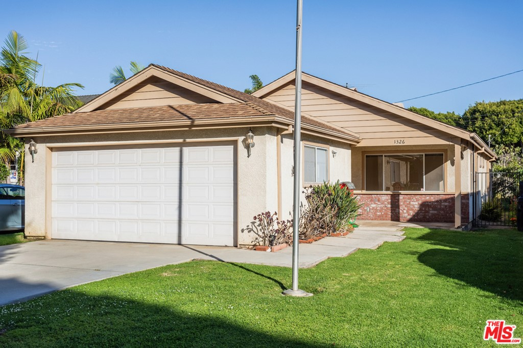 1326 Pine Street #  Santa Monica CA 90405