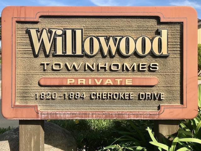 1868 Cherokee Drive, Salinas CA: http://media.crmls.org/mediaz/EFF381F5-684C-4979-9AFC-3C229809D56F.jpg