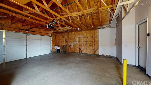 15668 Amber Pointe Drive, Victorville CA: http://media.crmls.org/mediaz/F01C63F4-C741-4429-9B90-4B57454D8DA1.jpg