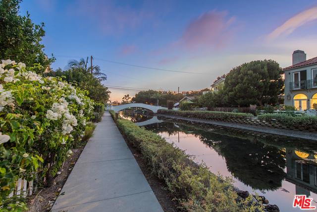 412 Howland Canal, Venice, CA 90291 photo 5