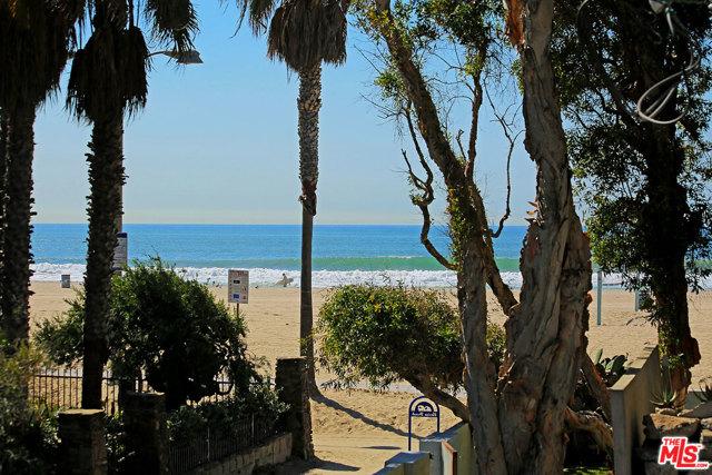 15 26TH Avenue, Venice CA: http://media.crmls.org/mediaz/F08411D2-EB96-411D-BC8C-B8492D43D4AF.jpg