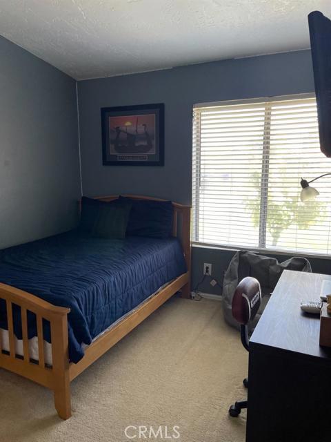 13570 Westwood Drive, Victorville CA: http://media.crmls.org/mediaz/F084A723-3D1B-4A9C-AA5B-E6FD2E83F24E.jpg