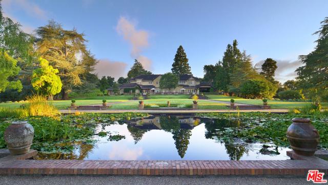 Photo of 329 Albion Avenue, Woodside, CA 94062
