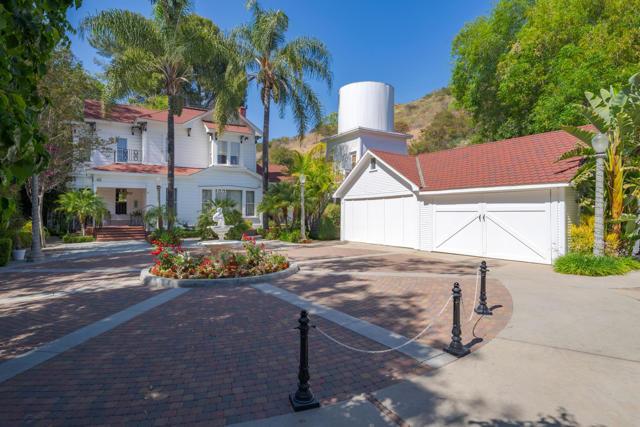 349 Renee Street, Orange CA: http://media.crmls.org/mediaz/F10F146B-223F-4A45-9E63-874C8D8E945A.jpg