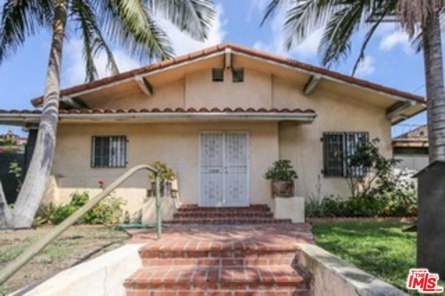 Single Family Home for Rent at 2722 Western Avenue S Los Angeles, California 90018 United States