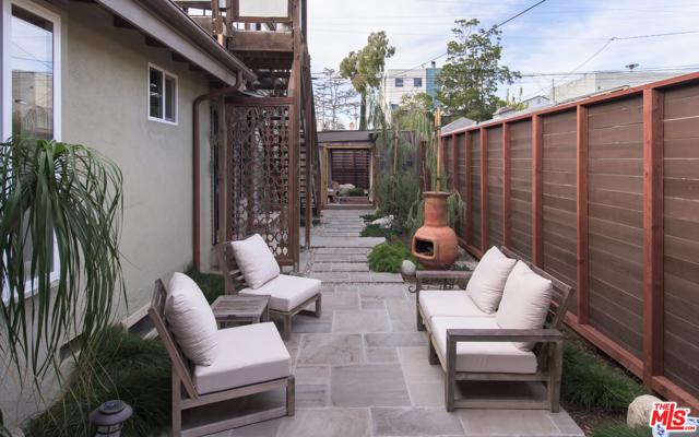 675 San Juan Venice CA 90291