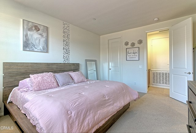 437 Castiano Street, Camarillo CA: http://media.crmls.org/mediaz/F1853DFF-850D-41D1-B5AF-0288936977B0.jpg