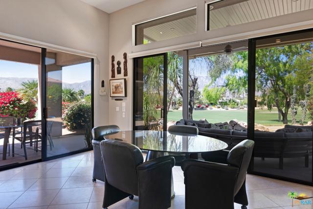 15 Birkdale Circle, Rancho Mirage CA: http://media.crmls.org/mediaz/F188CC5E-9764-4E1B-9BE9-E35C7B3BF52B.jpg