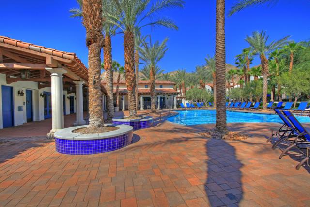 48568 Legacy, La Quinta CA: http://media.crmls.org/mediaz/F1CCF171-A387-40AF-A44F-32C76A4A507A.jpg