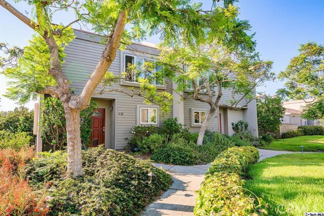 49 Village Santa Monica CA 90405