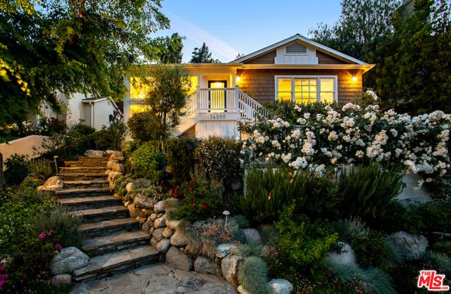14990 Valley Vista Boulevard  Sherman Oaks CA 91403