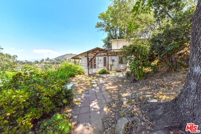 6850 Cahuenga Park Trail Trail #  Hollywood CA 90068