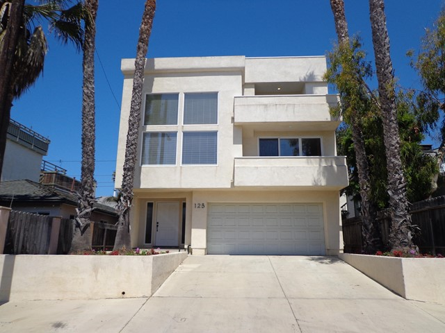 Photo of home for sale at 125 Fillmore Avenue, Oxnard CA