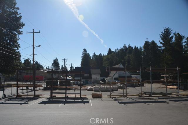 26567 Pine Avenue, Rimforest CA: http://media.crmls.org/mediaz/F41E4236-7A87-4109-9E6F-24F87FC6B43C.jpg