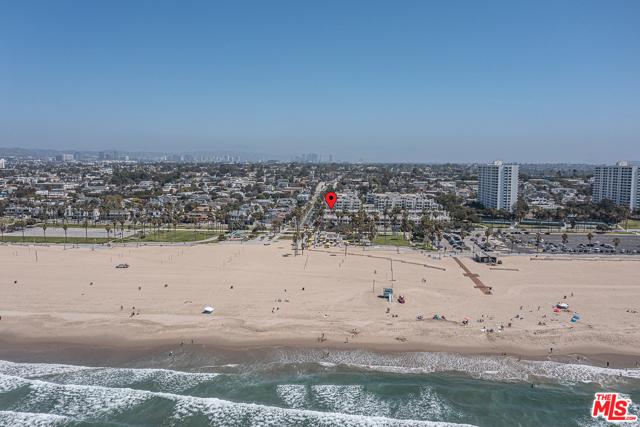 10 Ocean Park 13 Santa Monica CA 90405