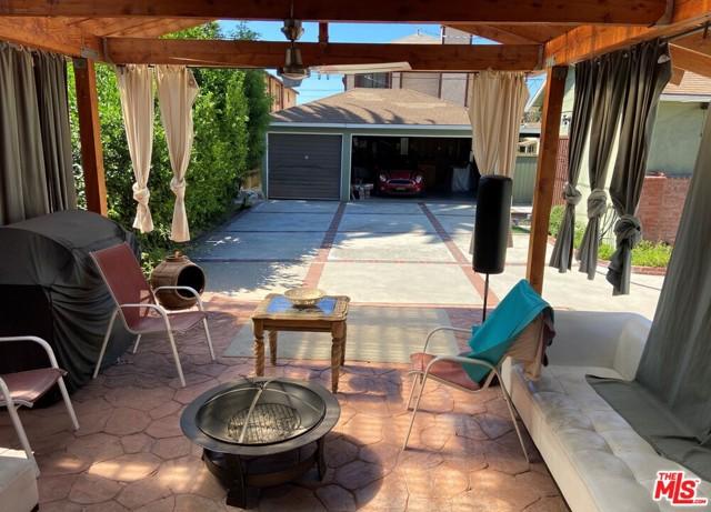 28 E Newman Avenue, Arcadia CA: http://media.crmls.org/mediaz/F4C6F445-5649-4D4E-8B50-02B922D81137.jpg