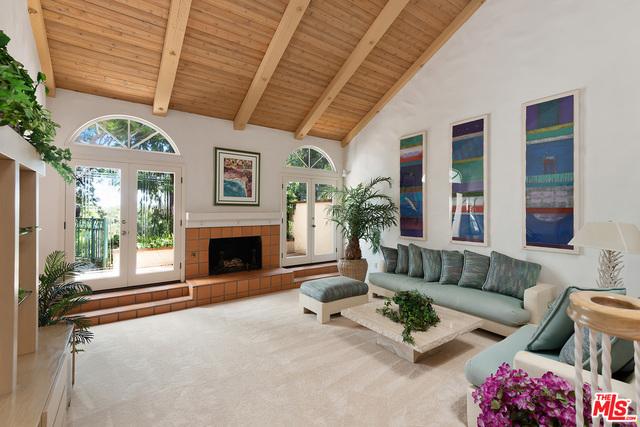8 CAMBRIDGE, Manhattan Beach, California 90266, 3 Bedrooms Bedrooms, ,2 BathroomsBathrooms,Single family residence,For Sale,CAMBRIDGE,19509856