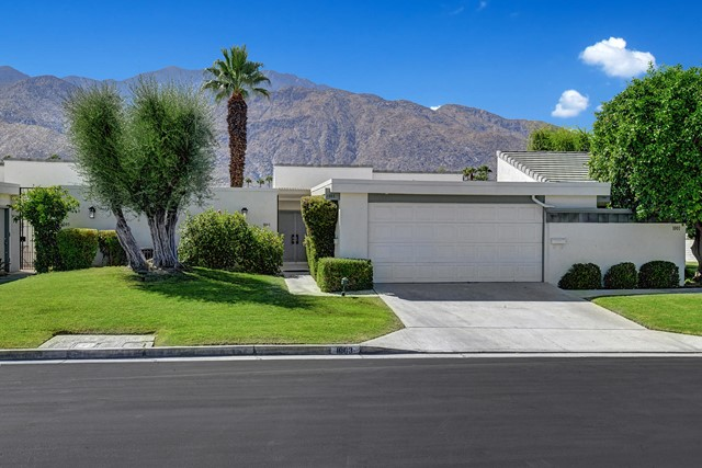 Photo of home for sale at 1003 Saint Lucia Circle, Palm Springs CA