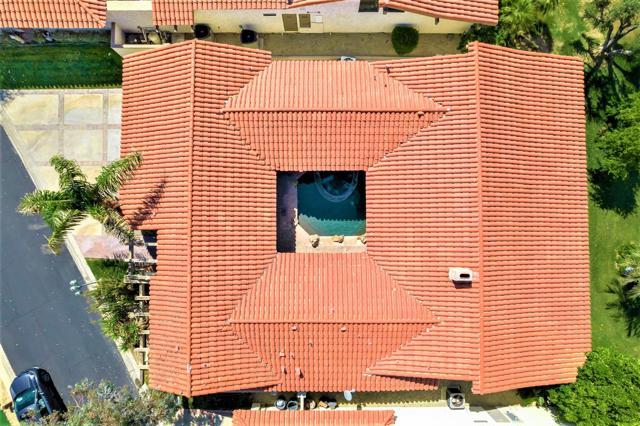 78255 Hacienda Drive, La Quinta CA: http://media.crmls.org/mediaz/F5B2DF00-8A1D-4CFD-BCC9-A757A6ECACDF.jpg