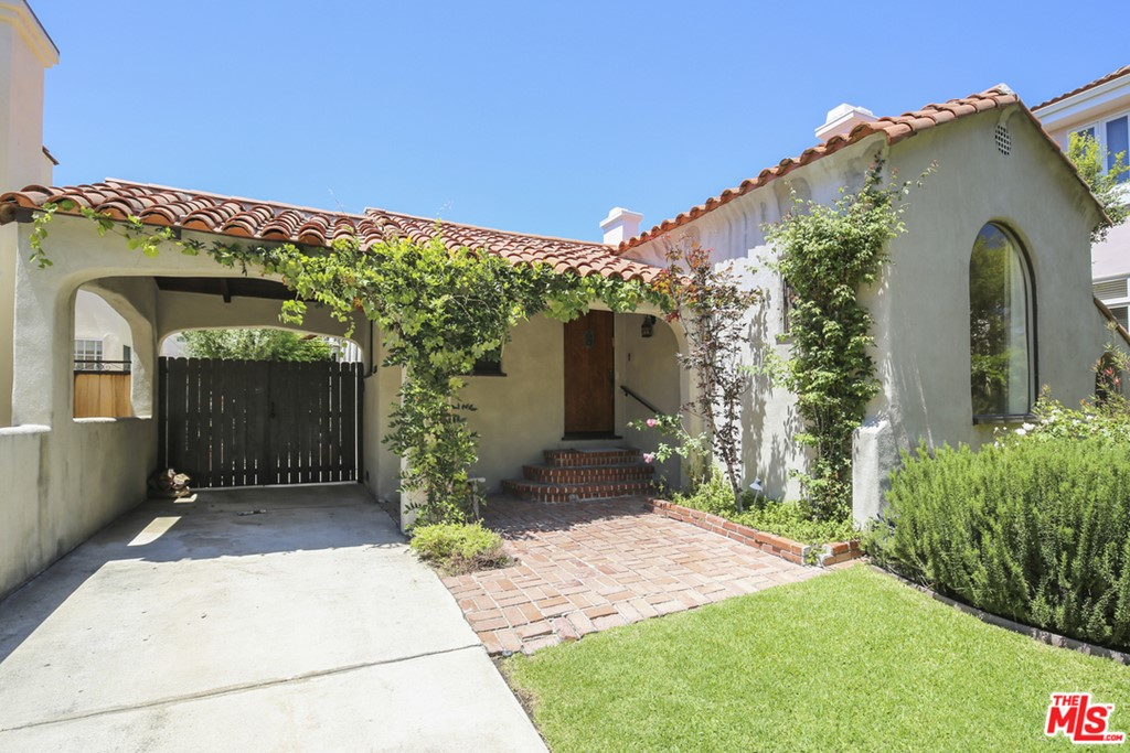 459 S Almont Drive #  Beverly Hills CA 90211