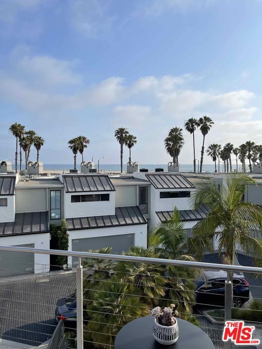 39 Sea Colony Dr, Santa Monica, CA 90405 photo 31