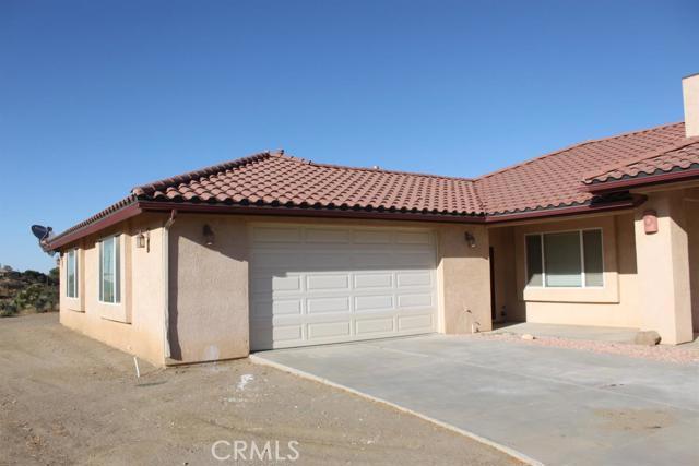 7183 Clover Court Oak Hills CA 92344