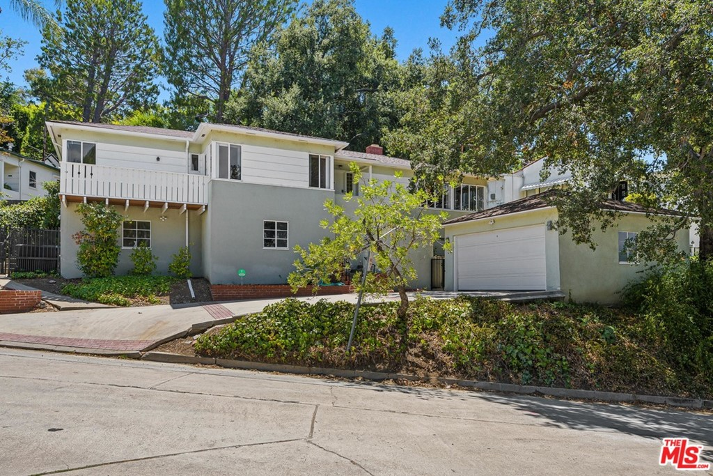 11456 SUNSHINE Terrace #  Studio City CA 91604
