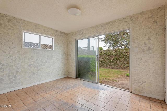 484 Rancho Drive, Ventura CA: http://media.crmls.org/mediaz/F6B2FBD7-D04E-4A5A-8C5B-49D5C8B1C137.jpg